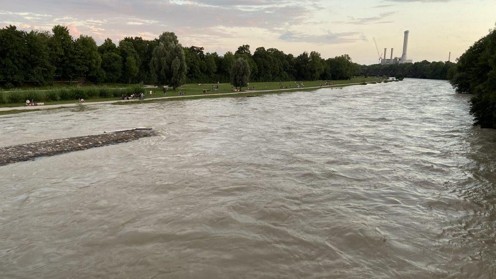 Hochwasser-Krimi: Isar-Pegel in München weist erkennbaren Trend auf
